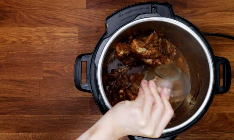 add flavoring ingredients #AmyJacky #InstantPot #recipe #chinese