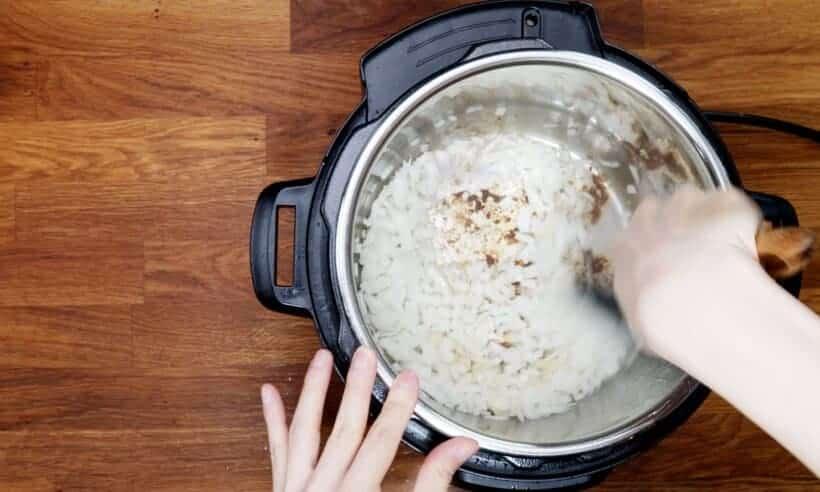 saute onions in Instant Pot  #AmyJacky #InstantPot #recipe