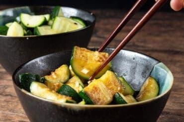 instant pot zucchini | zucchini instant pot | zucchini instant pot recipes | steamed zucchini instant pot | sauteed zucchini #AmyJacky #InstantPot #recipe #vegan #vegetarian