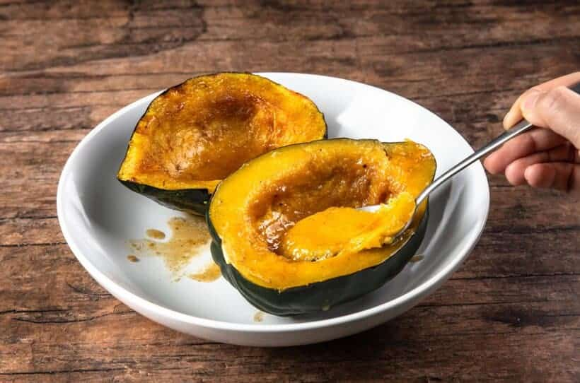 instant pot acorn squash | acorn squash in instant pot | pressure cooker acorn squash | cooking acorn squash | roasted acorn squash | baked acorn squash | airfryer acorn squash  #AmyJacky #InstantPot #AirFryer #recipe #winter