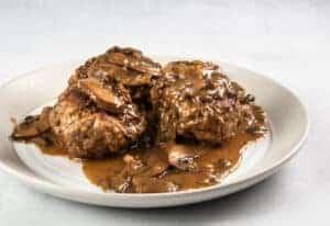 instant pot salisbury steak   pressure cooker salisbury steak   homemade salisbury steak   easy salisbury steak   salisbury steak with mushroom gravy #AmyJacky #InstantPot #GroundBeef #recipe