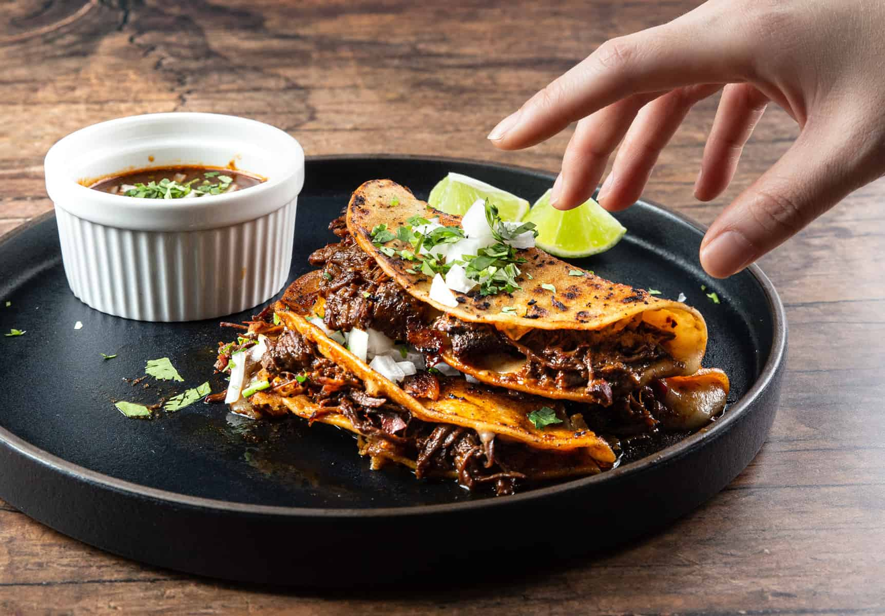 instant pot birria | birria instant pot | instant pot birria tacos | birria recipe | birria de res | tacos de birria | birria tacos recipe #AmyJacky #InstantPot #recipe #mexican #beef #goat