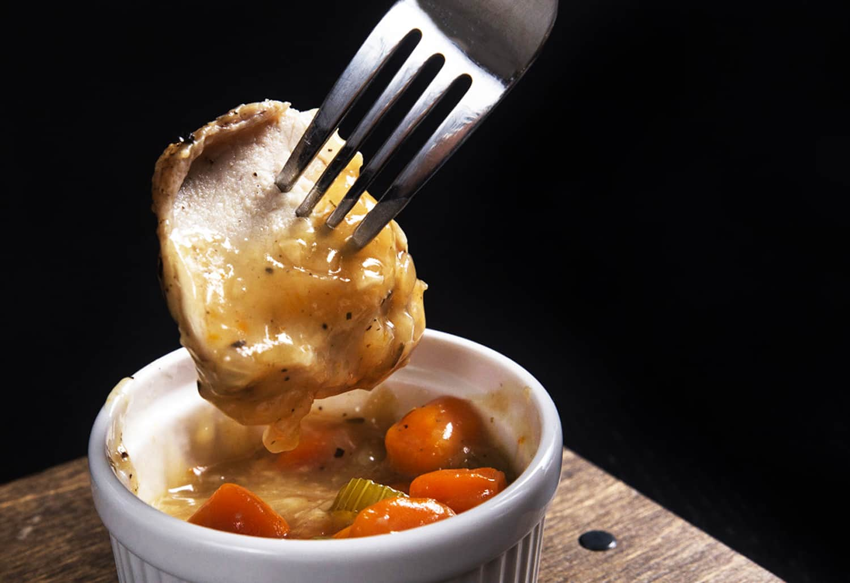instant pot chicken and gravy | chicken gravy | chicken gravy recipe | chicken and gravy | chicken with gravy | instant pot chicken gravy #AmyJacky #InstantPot #recipe #chicken