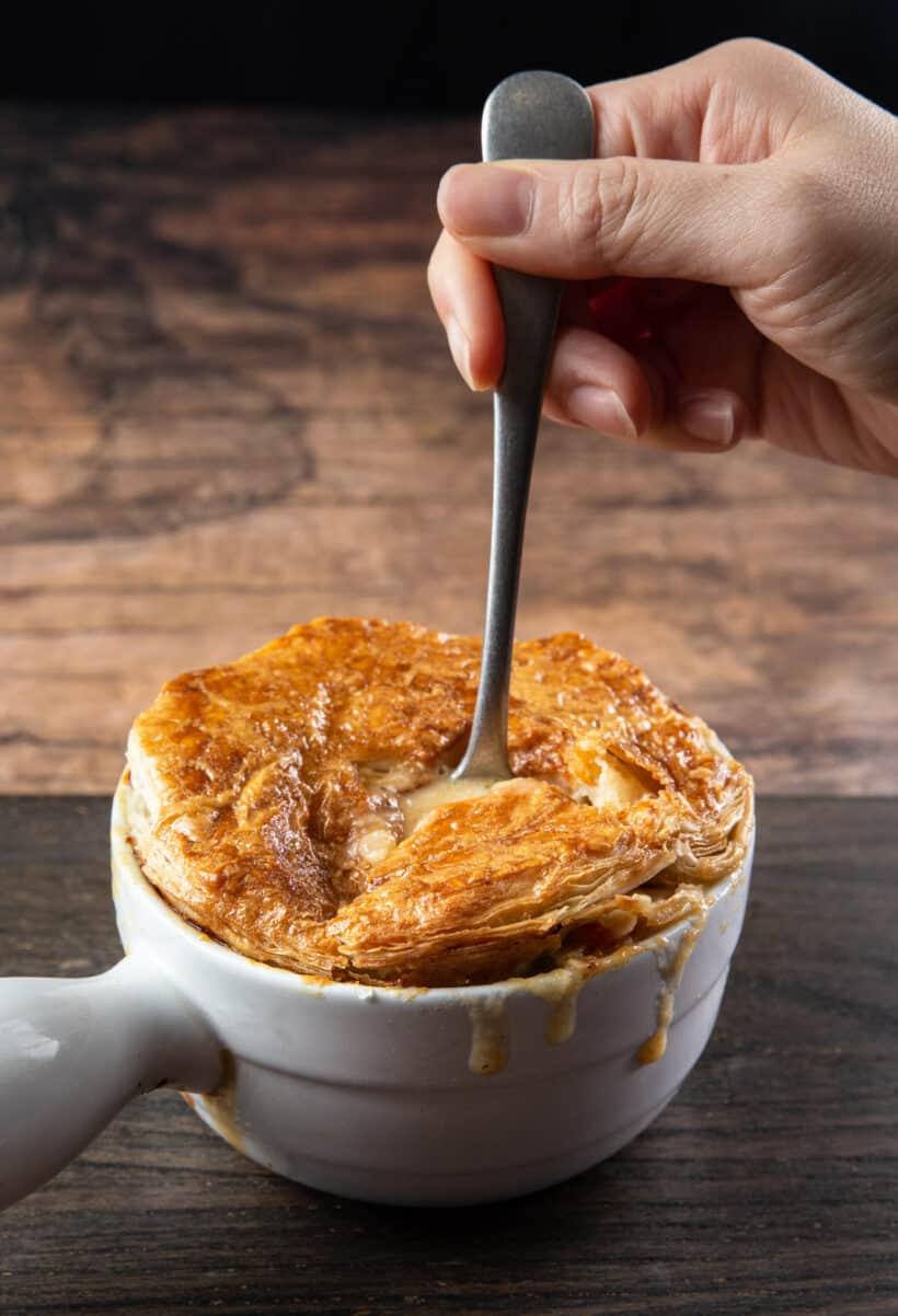 Instant Pot Chicken Pot Pie | chicken pot pie instant pot | homemade chicken pot pie | easy chicken pot pie | pressure cooker chicken pot pie | chicken pot pie recipe | how to make chicken pot pie #AmyJacky #InstantPot #chicken #recipe #pie