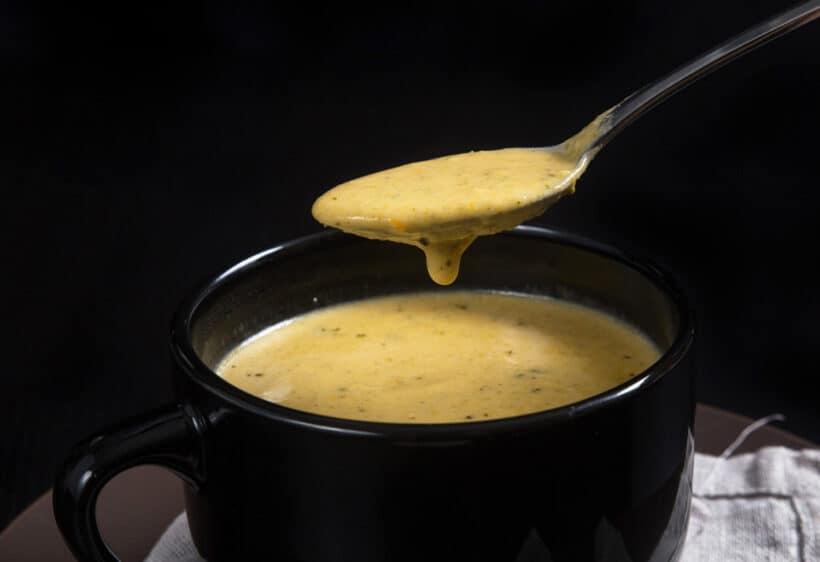 Instant Pot Broccoli Cheddar Soup | broccoli cheddar soup instant pot | instant pot broccoli cheese soup | broccoli cheese soup instant pot | instant pot broccoli soup |broccoli soup instant pot