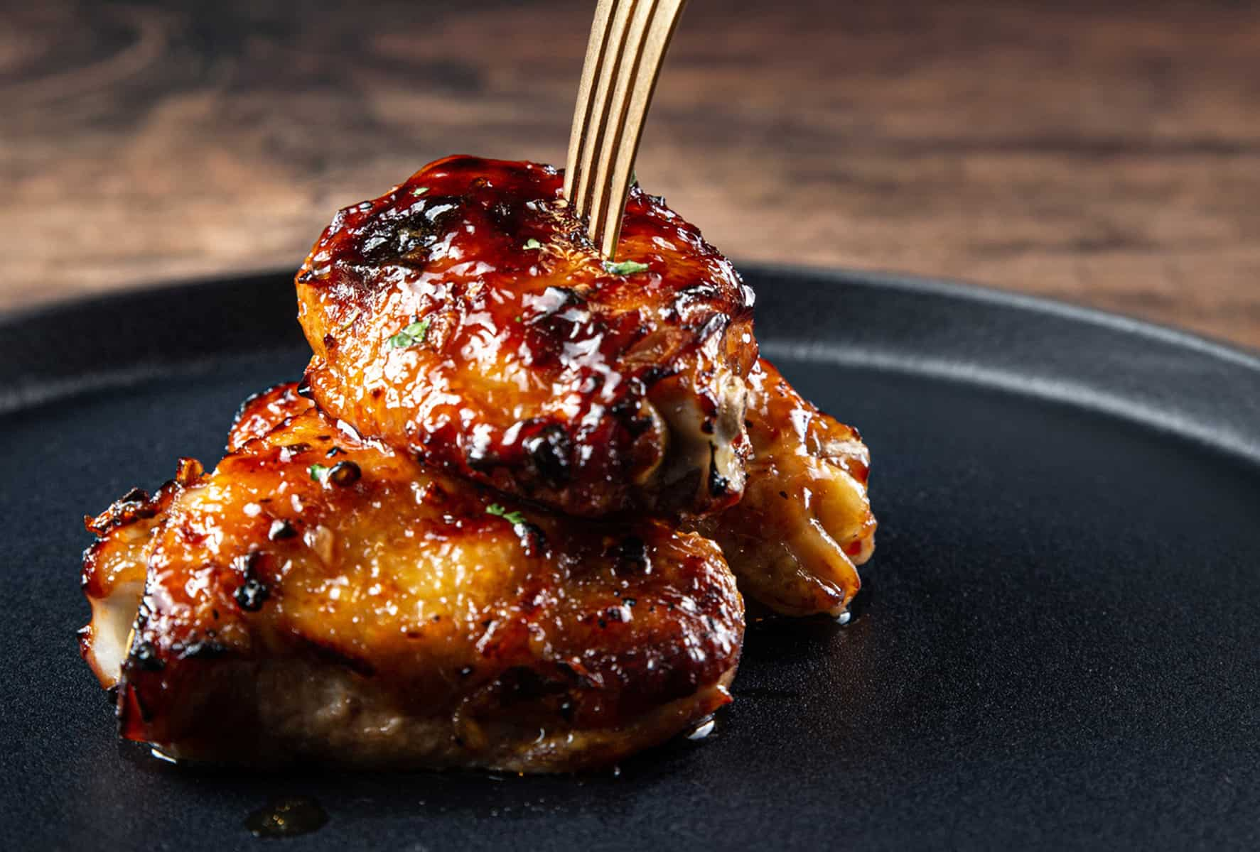 instant pot chicken thighs | chicken thighs instant pot | instant pot chicken thigh recipes | pressure cooker chicken thighs | honey garlic chicken thighs #AmyJacky #InstantPot #PressureCooker #recipe #chicken