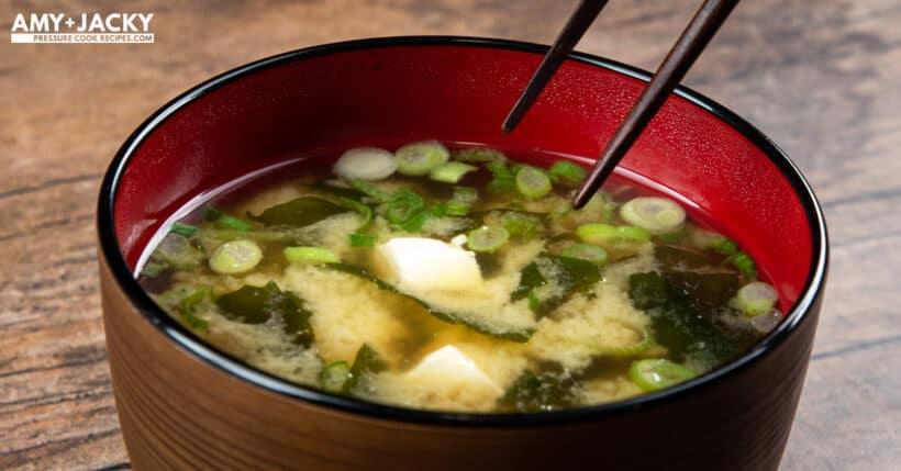 miso soup recipe   instant pot miso soup   homemade miso soup   japanese miso soup   easy miso soup